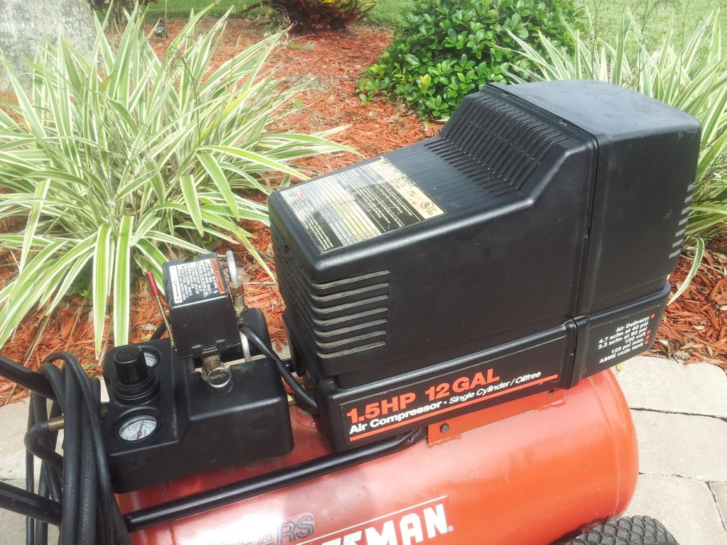 SOLD Portable Craftsman 125 PSI, 1.5 HP, 12 Gal. Air Compressor