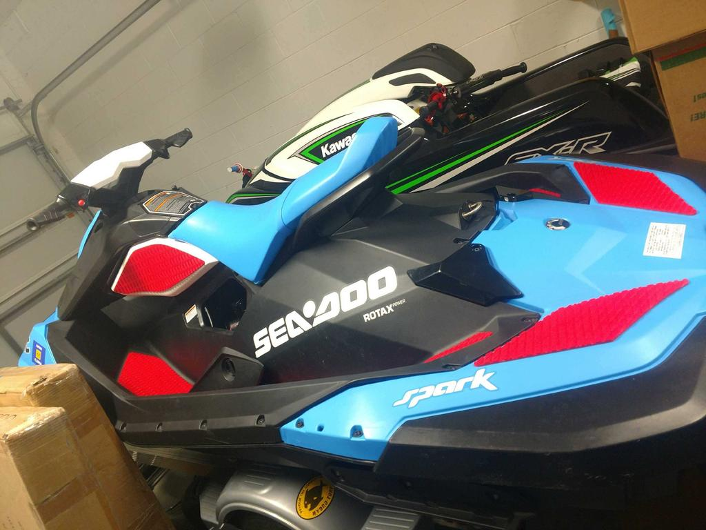 FS FS: 2016 Spark 110hp low hours $4500