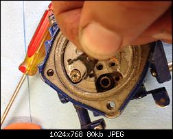 Click image for larger version.  Name:021 remove seat retainer plate.jpg Views:250 Size:79.9 KB ID:331833