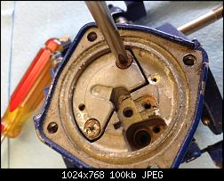 Click image for larger version.  Name:024 remove screws to access jets.jpg Views:198 Size:100.2 KB ID:331836