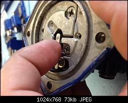 Click image for larger version.  Name:054 hold lever in place.jpg Views:174 Size:73.4 KB ID:331877